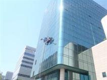 海特林高楼外墙清洁机器人II型