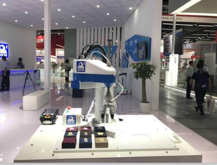 2018中国国际工业博览会 李群自动化