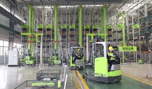中联重科全球最大塔机智能工厂落地常德,树立智能制造全新标杆!