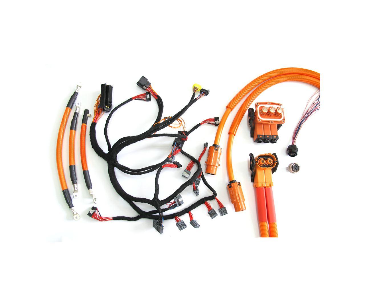 产品技术参数  1、额定电流:220A(50mm²),270A(70mm²) 2、额定电压:630AC/DC 3、耐电压:3000VAC 4、接触电阻:≤0.2mΩ